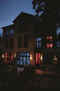 Abwesenheitssimulation mit smarter Beleuchtungssteuerung